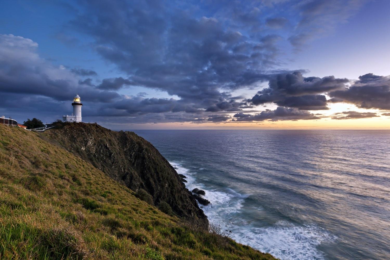 Byron Bay Lighthouse Sunrise - Airbnbs in Byron Bay