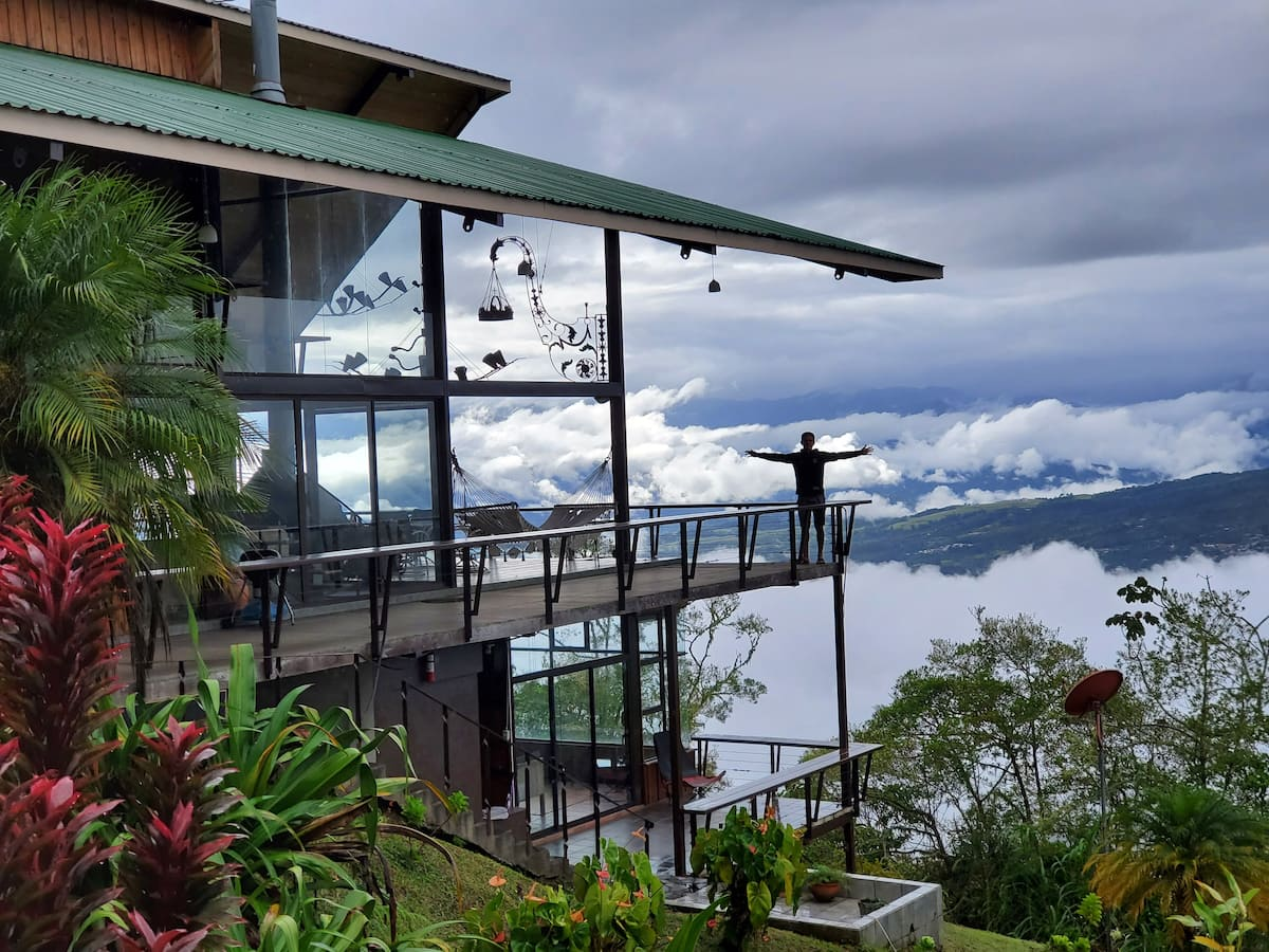 costa rica airbnb with view