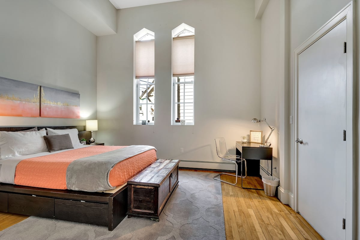 Best Airbnb in Boston for Couples