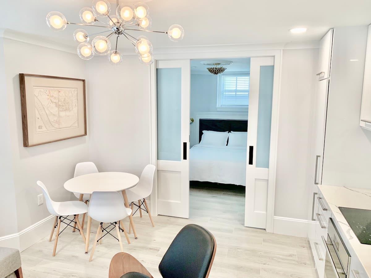 Boston Airbnbs