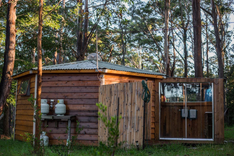 Funky Yurt on Acreage, Erina - Glamping Sydney