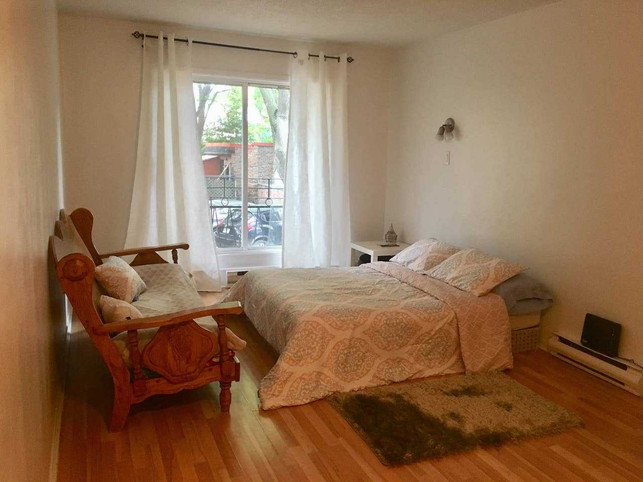 Studio Apartment Airbnb Montreal