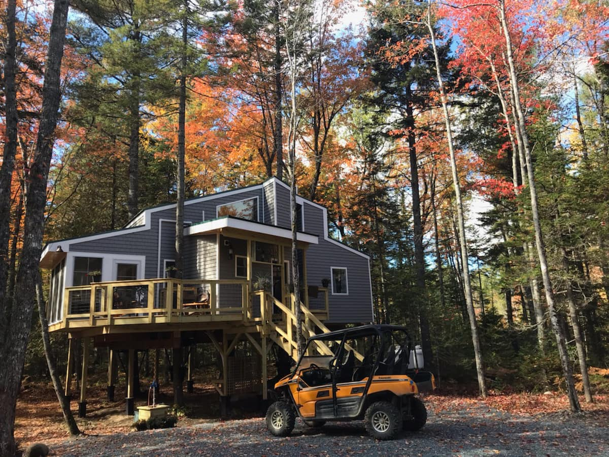 Treehouse Airbnb Maine