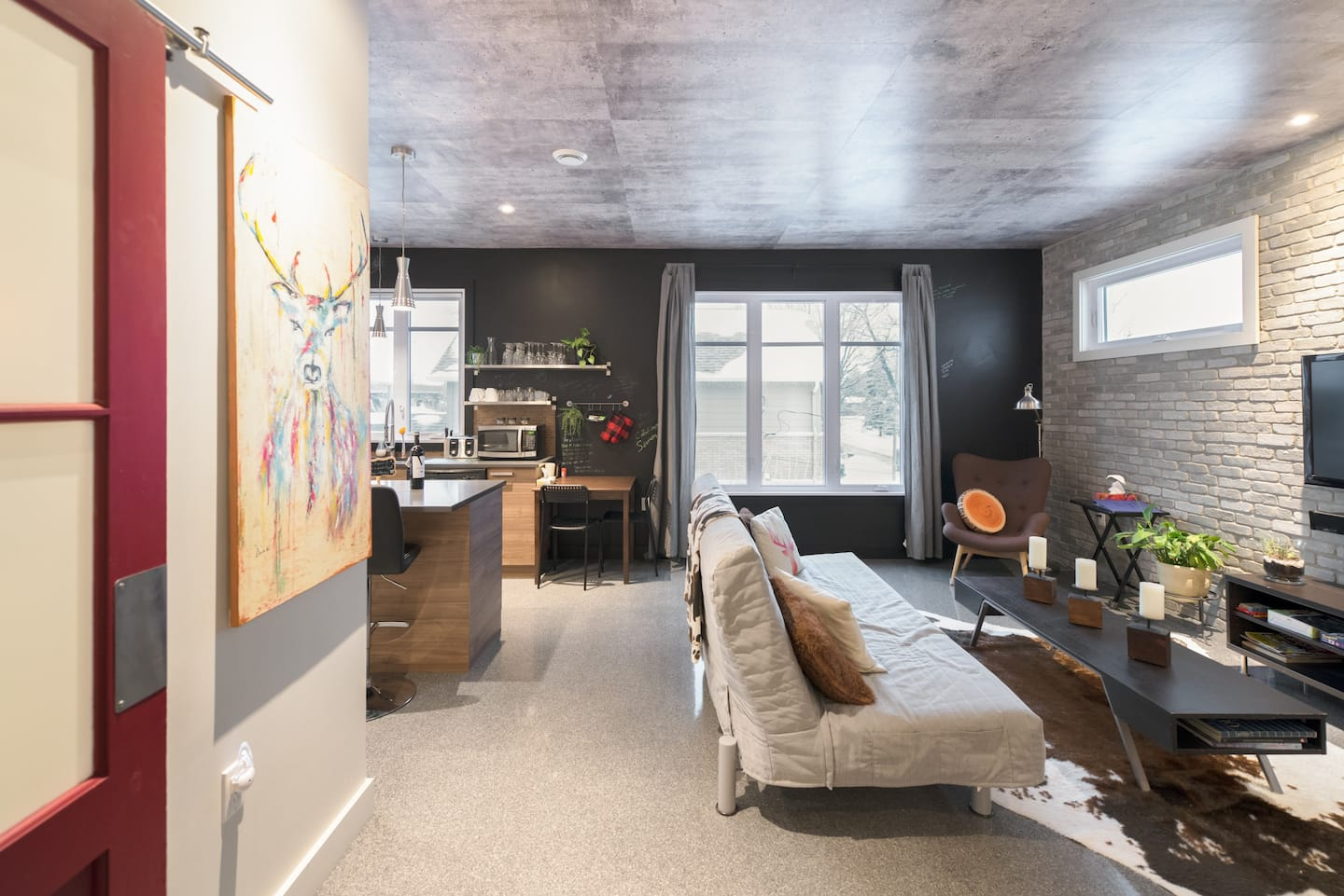 airbnb downtown montreal