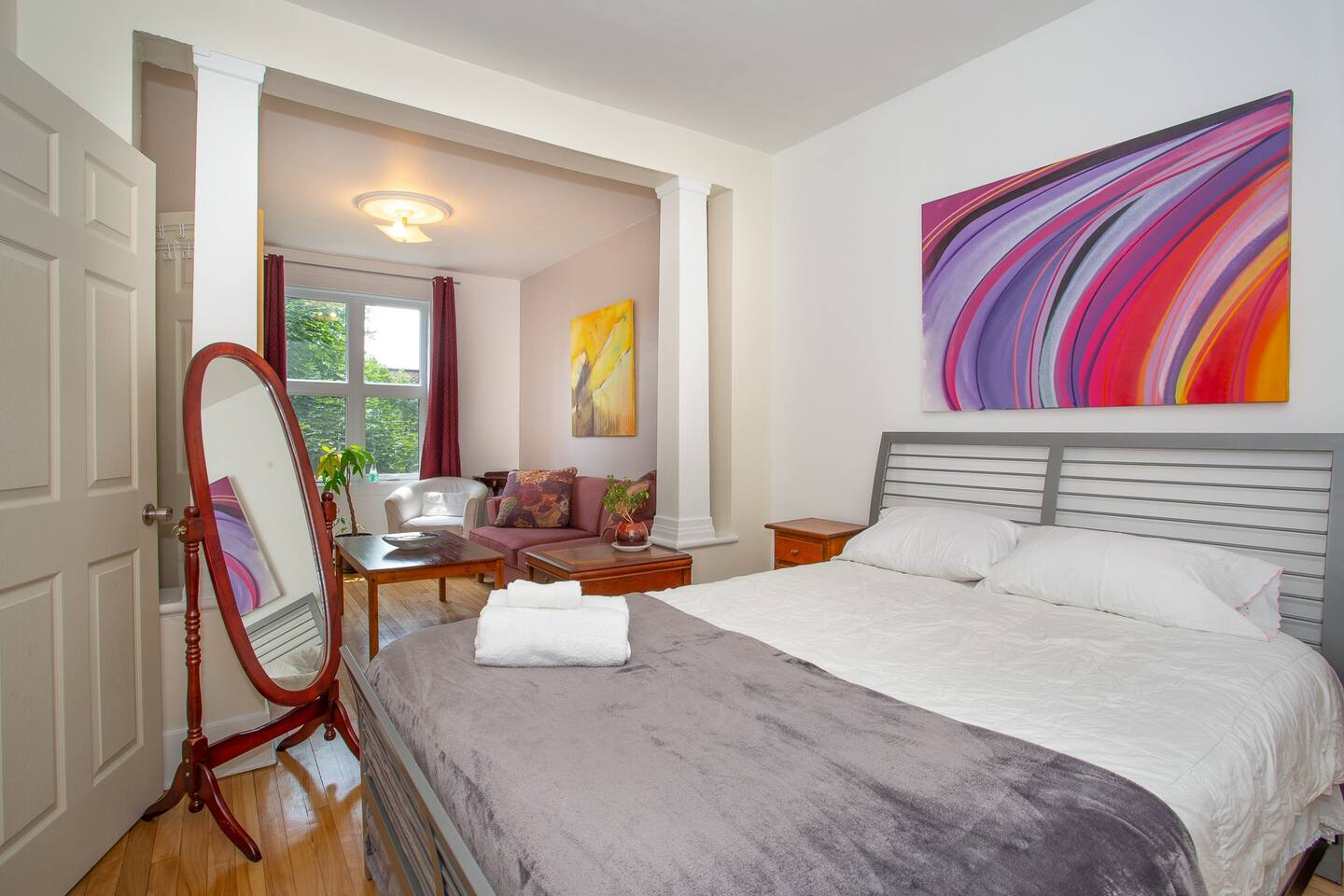 montreal airbnb
