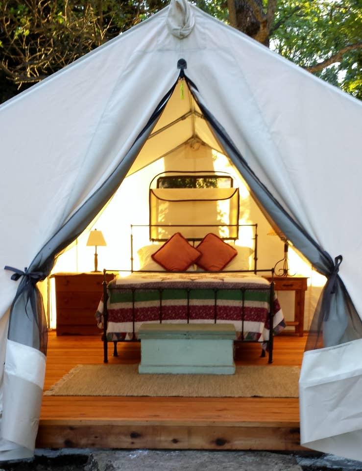 Glamping Oregon Tent