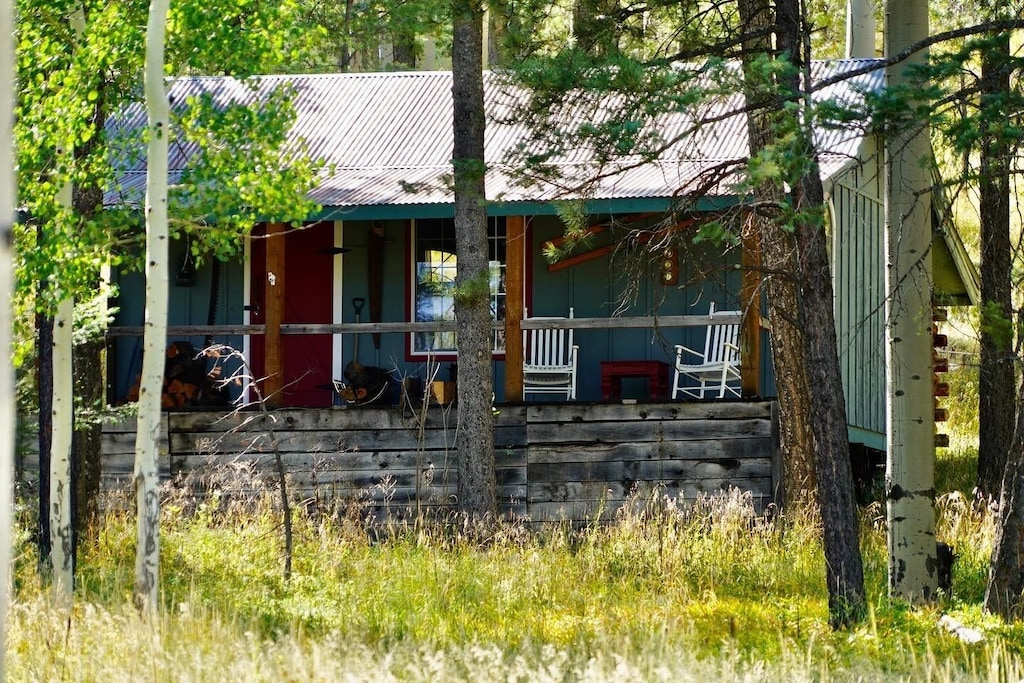 Glamper Cabin for the Eco-Concious Traveler - Grand Canyon