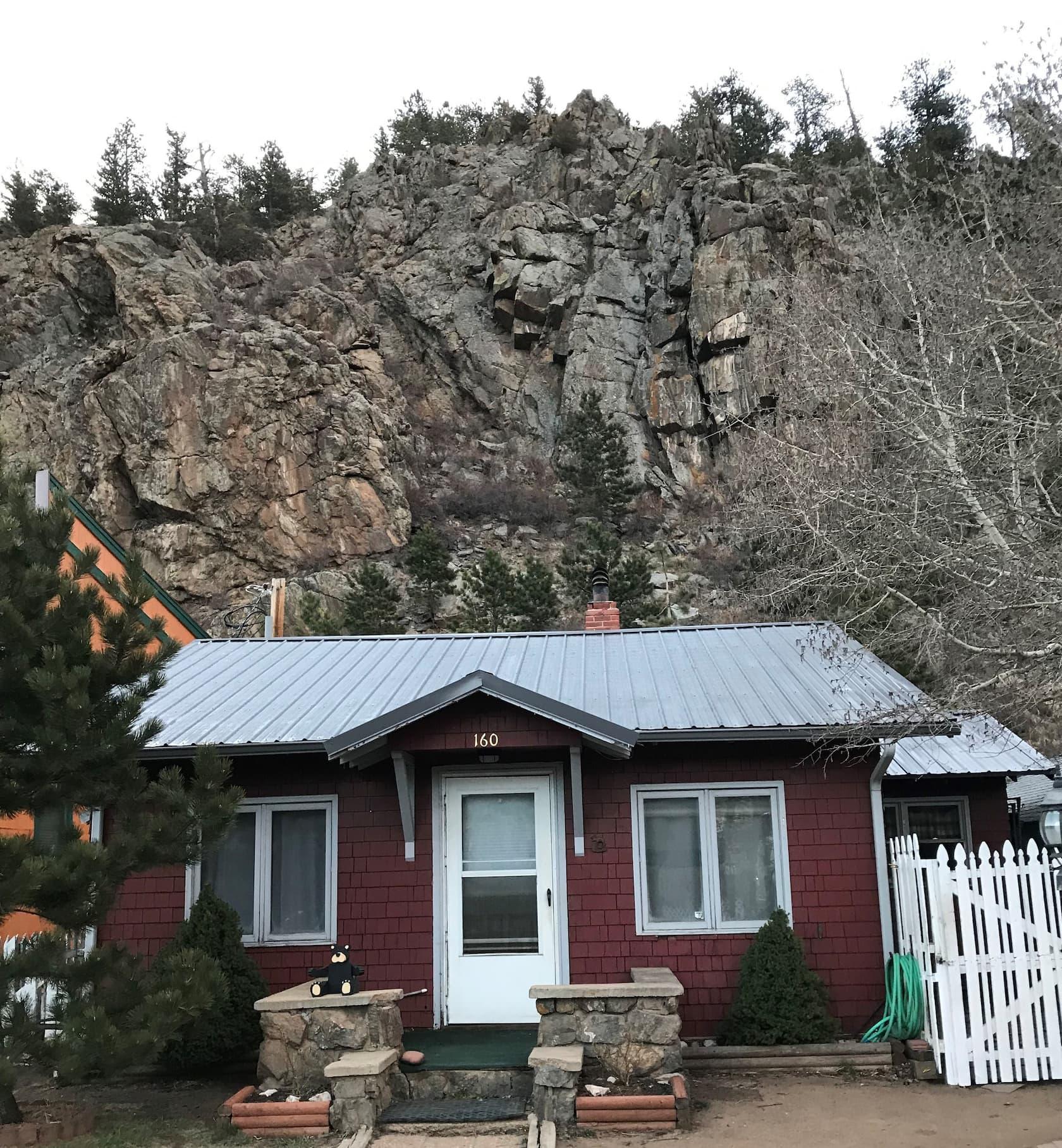 Cabin Airbnb in Ests Park Colorado