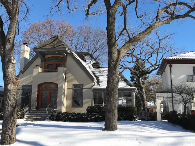 Luxury Airbnb In Minneapolis