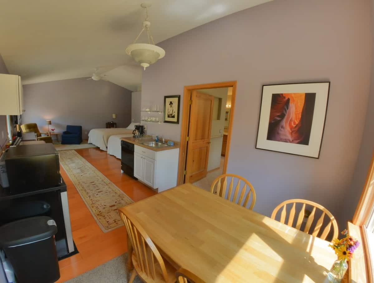 Studio Apartment Airbnb Flagstaff