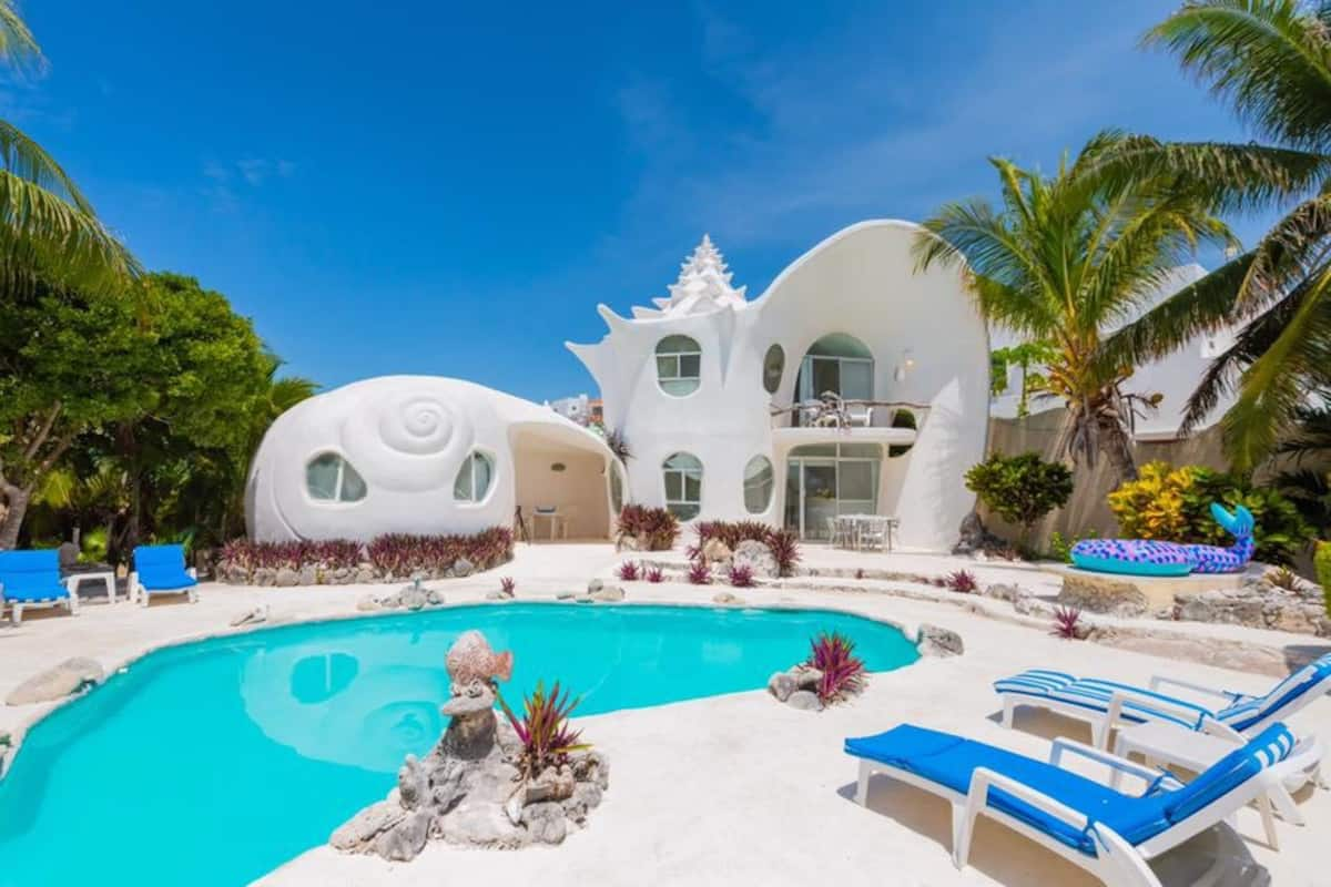 Seashell House - Airbnb in Mexico