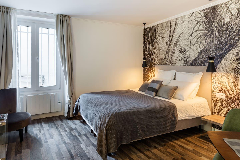 Unique Airbnb in Paris