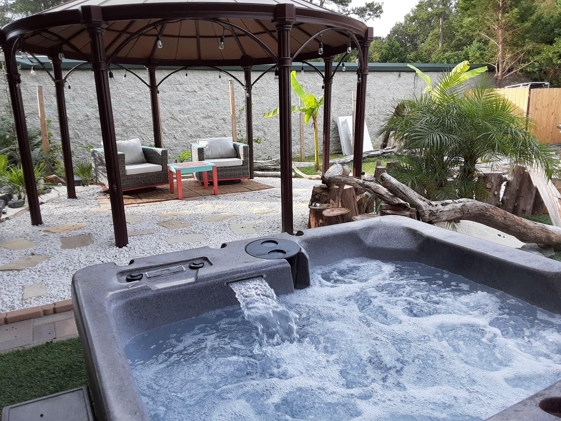 Airbnb Virginia Beach with Hot Tub