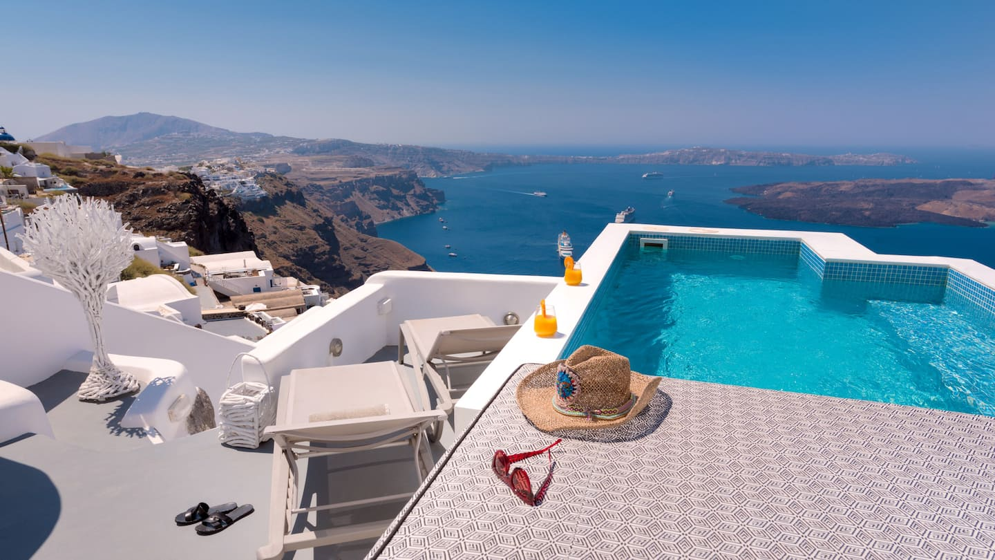 best airbnb in santorini with an infinity pool