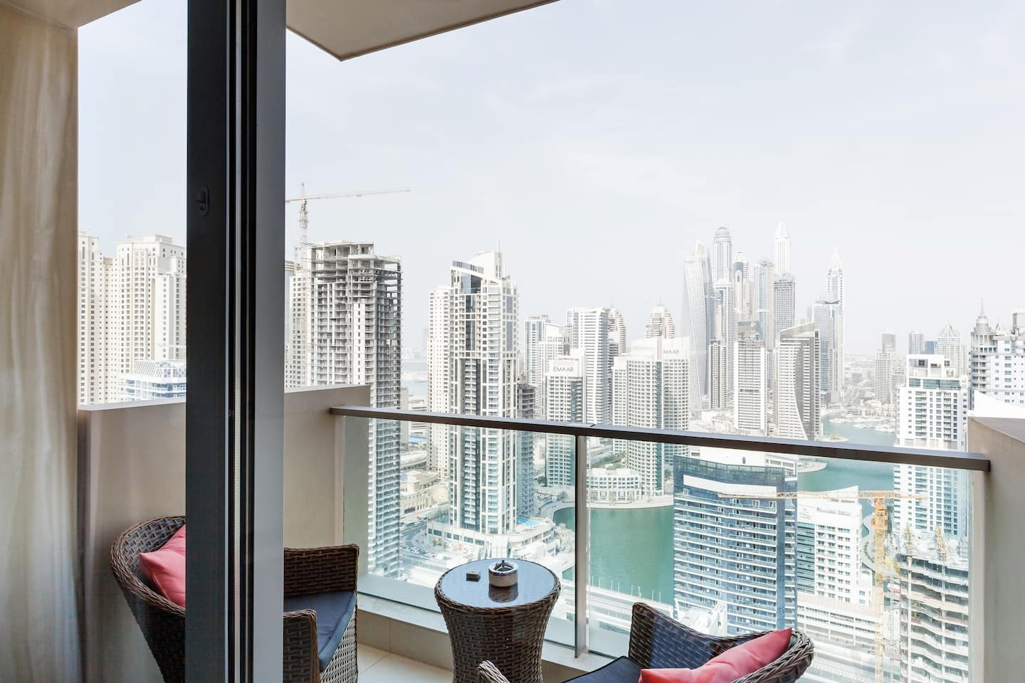 Airbnb Dubai With Skyline Views