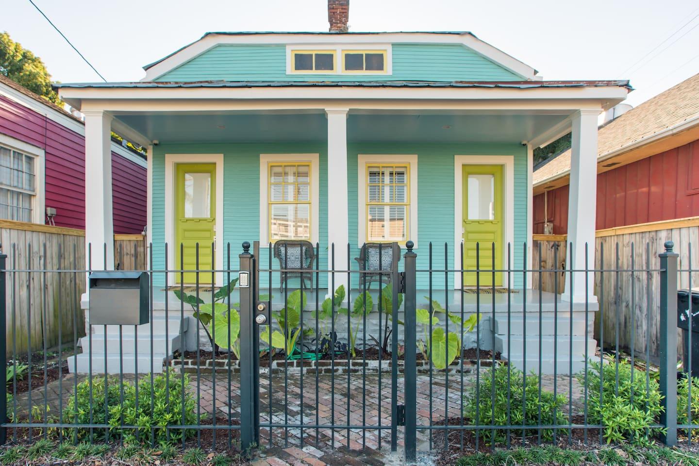 Airbnb in New Orleans near Magazine Street
