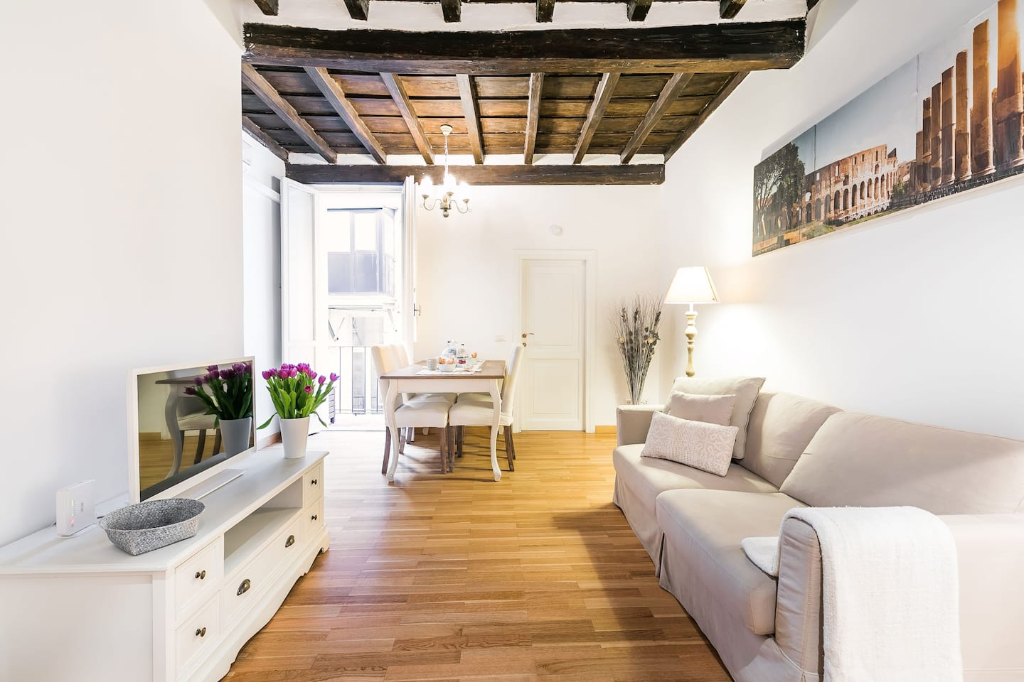 Airbnb in Rome for Couples