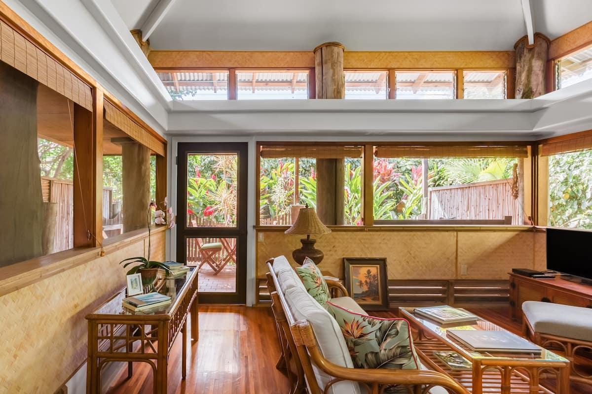 Best Luxury Maui Airbnb