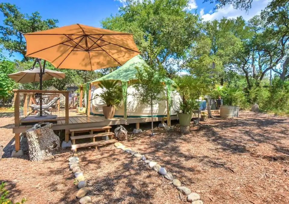 Couples Glamping texas