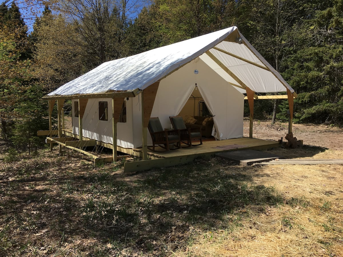 Grace's Glade - Michigan Glamping Airbnb
