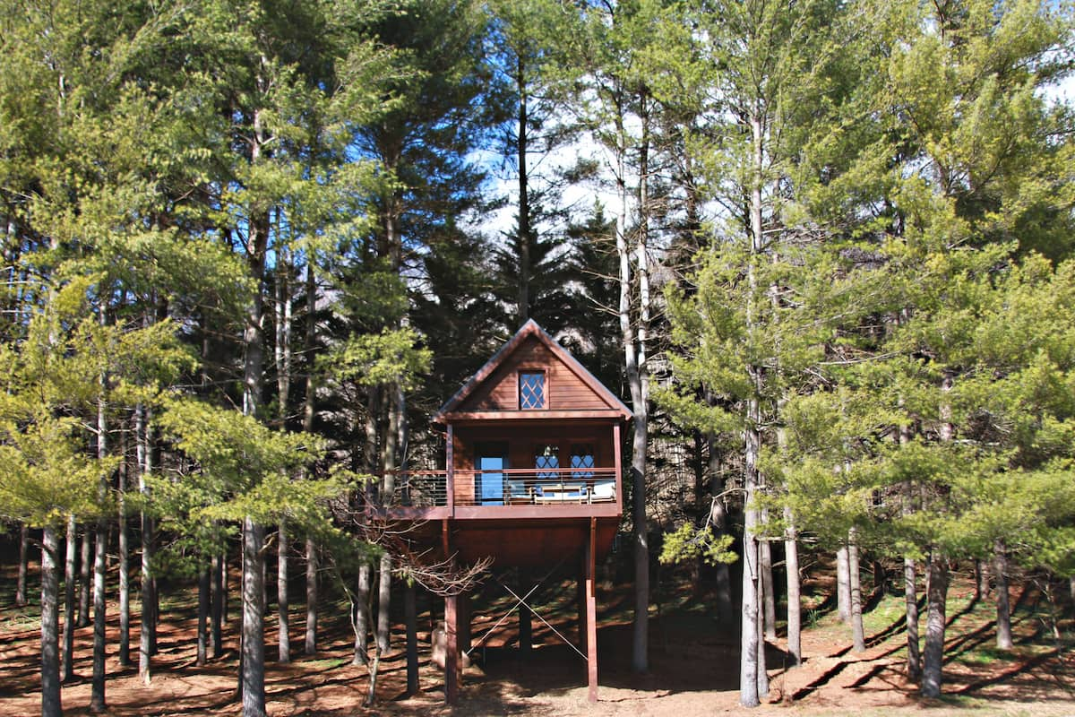 Joshua Treehouse - Glamping Virginia Airbnb