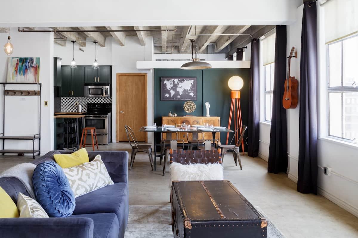Los Angeles Airbnb Loft