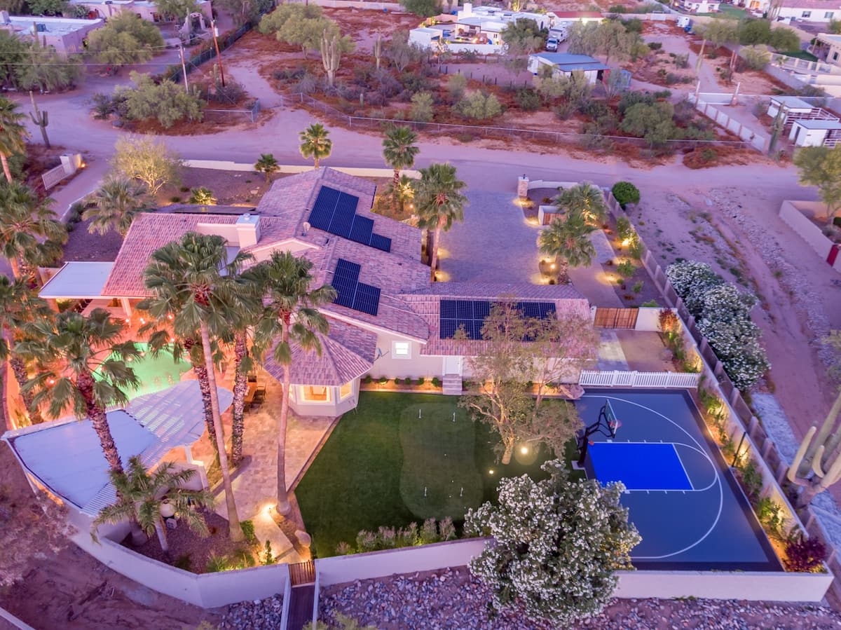 Luxury Airbnb in Phoenix For Large Groups