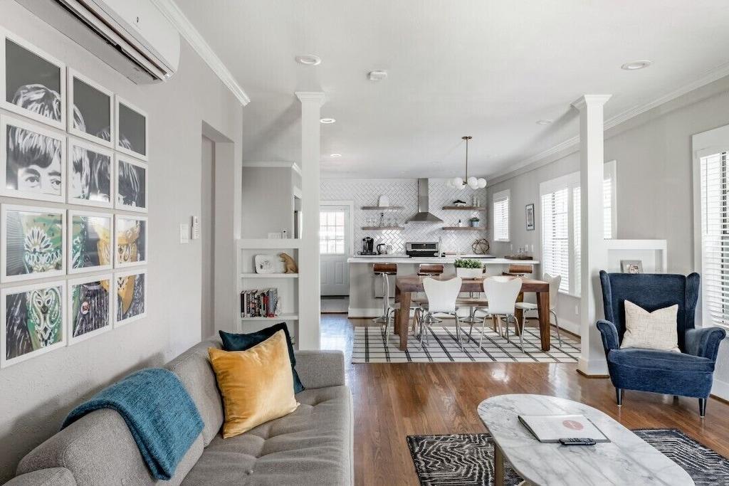 Luxury Apartment Vacation Rental in Houston