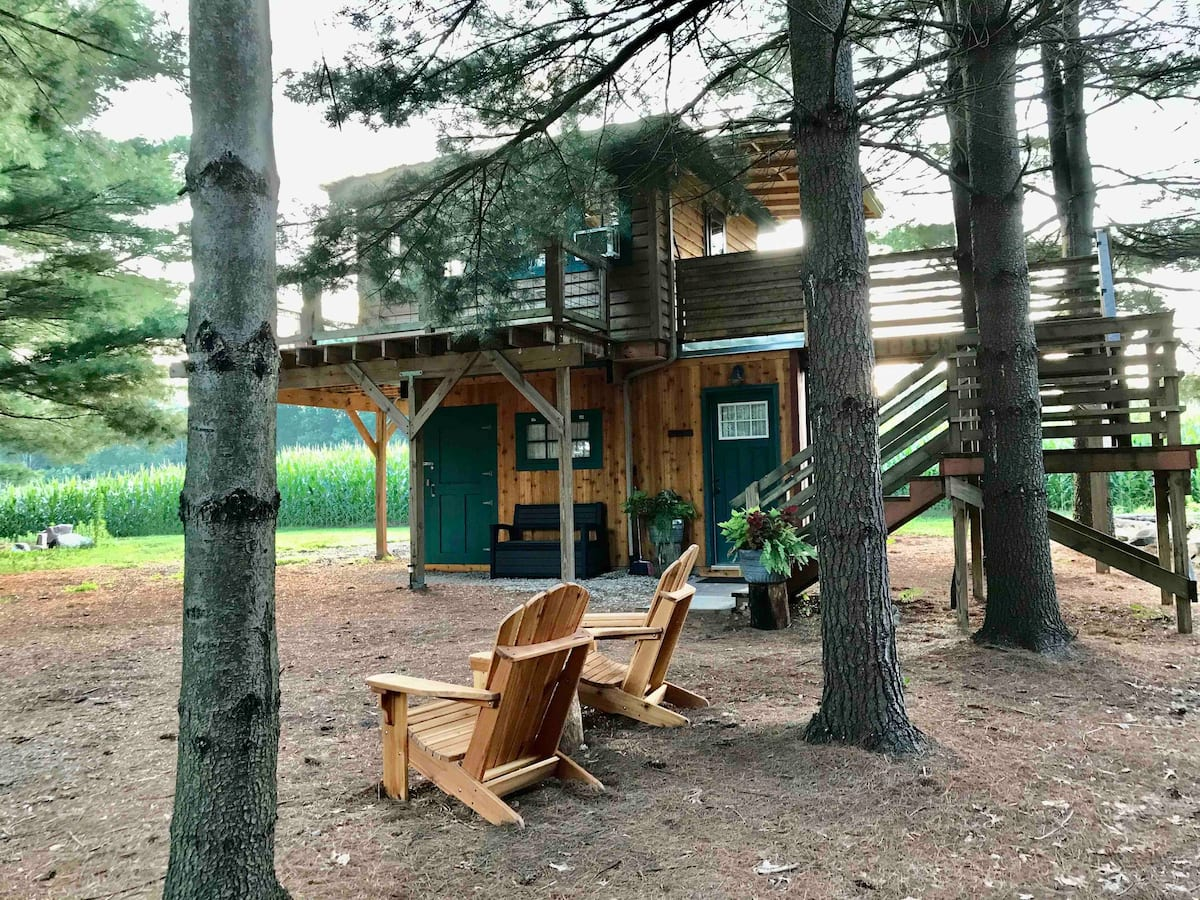 Outpost Treehouse Glamping in Michigan