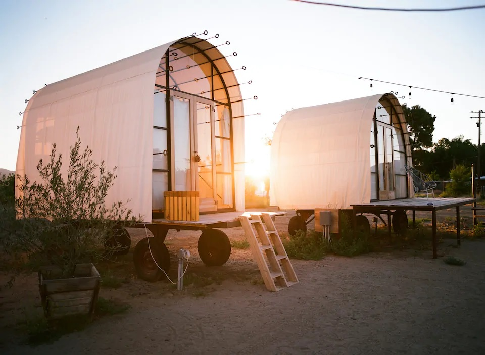 Romantic Southern California Glamping