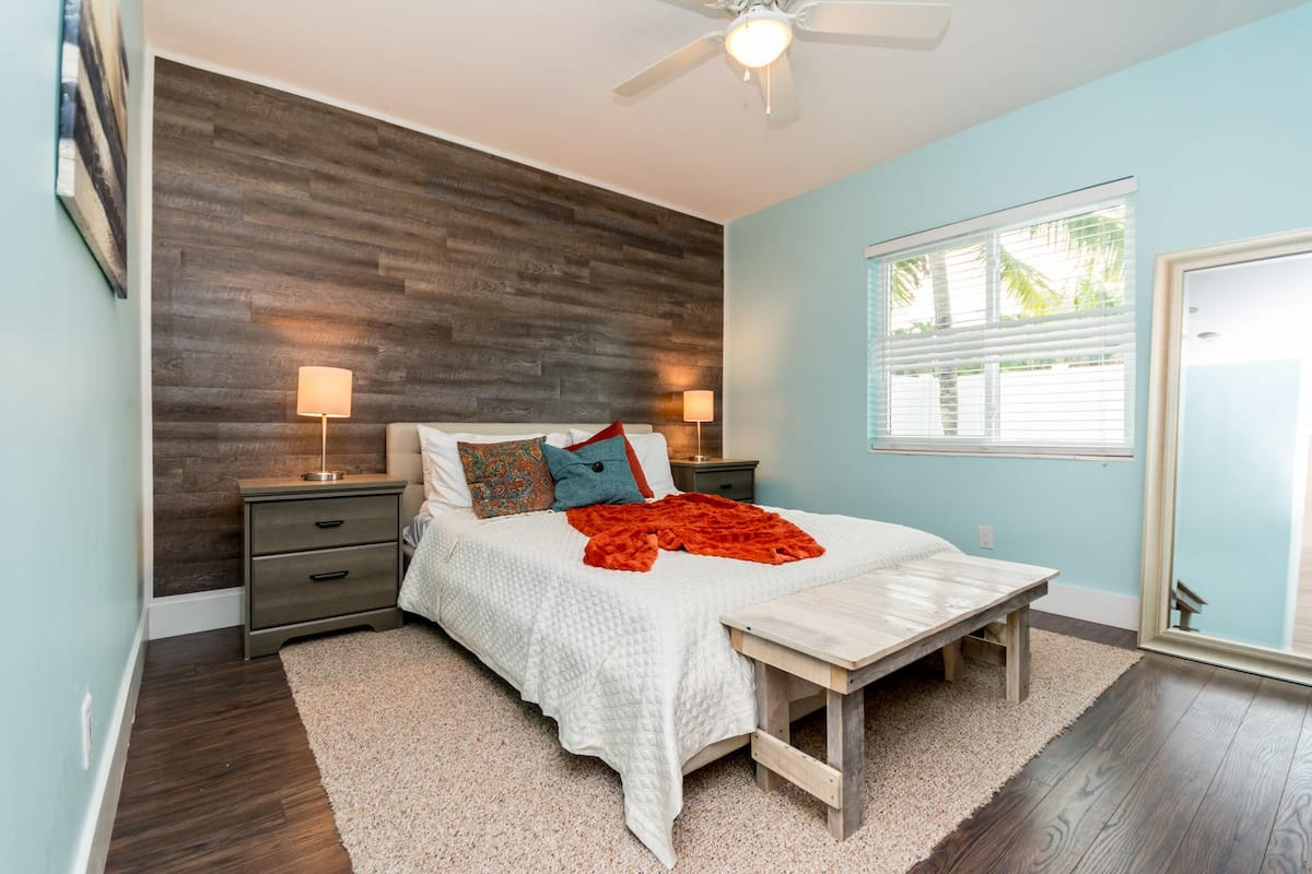 The Dunes Bungalow - Airbnb in Fort Lauderdale Beach Florida