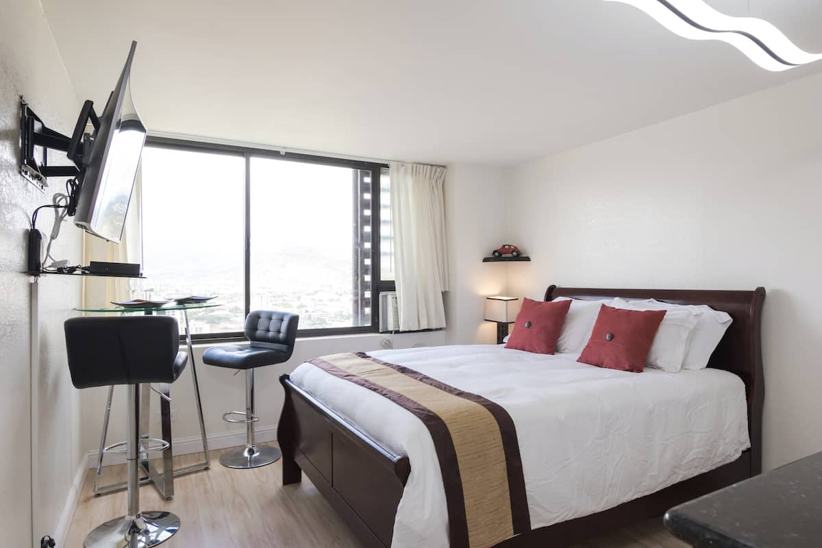 Waikiki Hawaii Airbnb Affordable