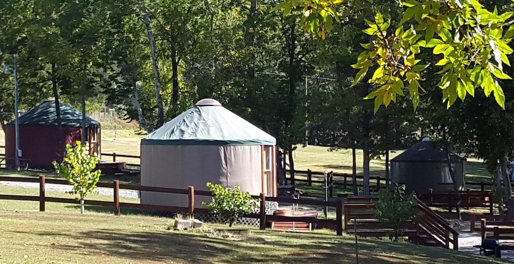 Yurt Glamping Virginia