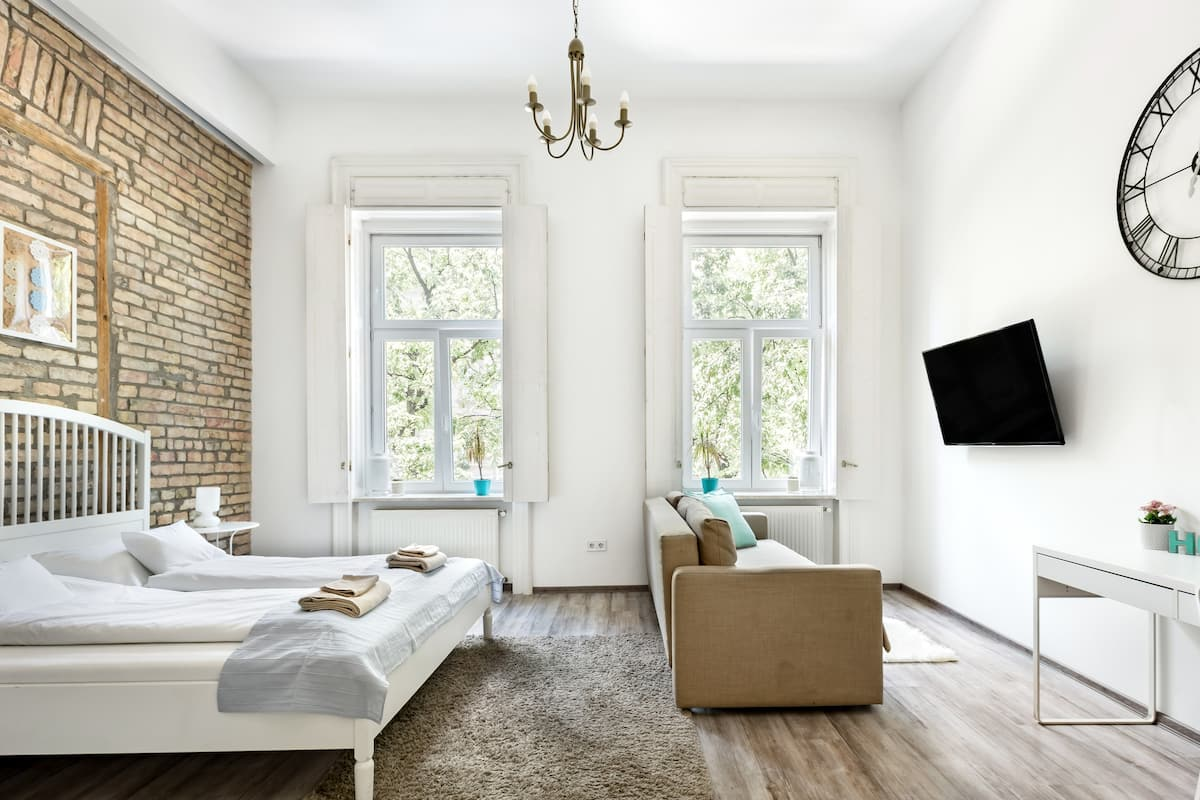 airbnb budapest district 5