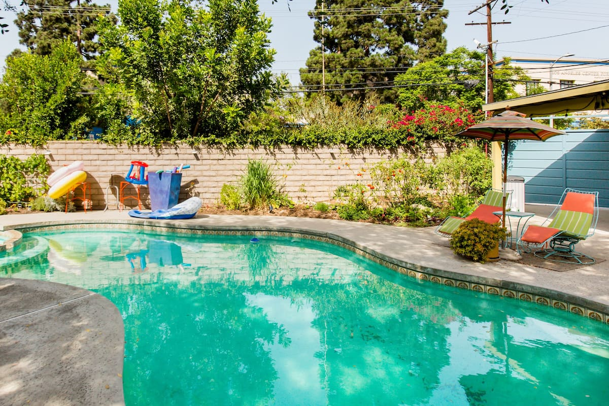 airbnb los angeles with pool