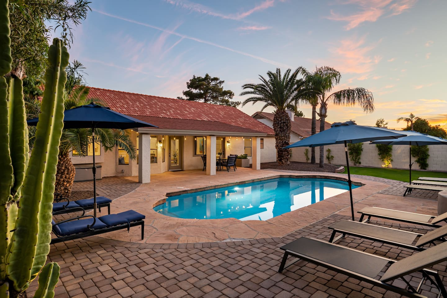 airbnb scottsdale for large groups