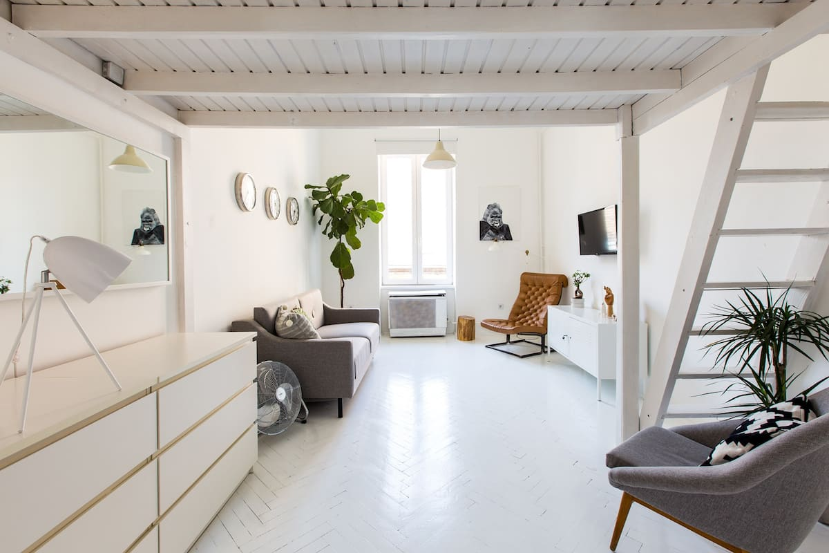 best airbnb in budapest