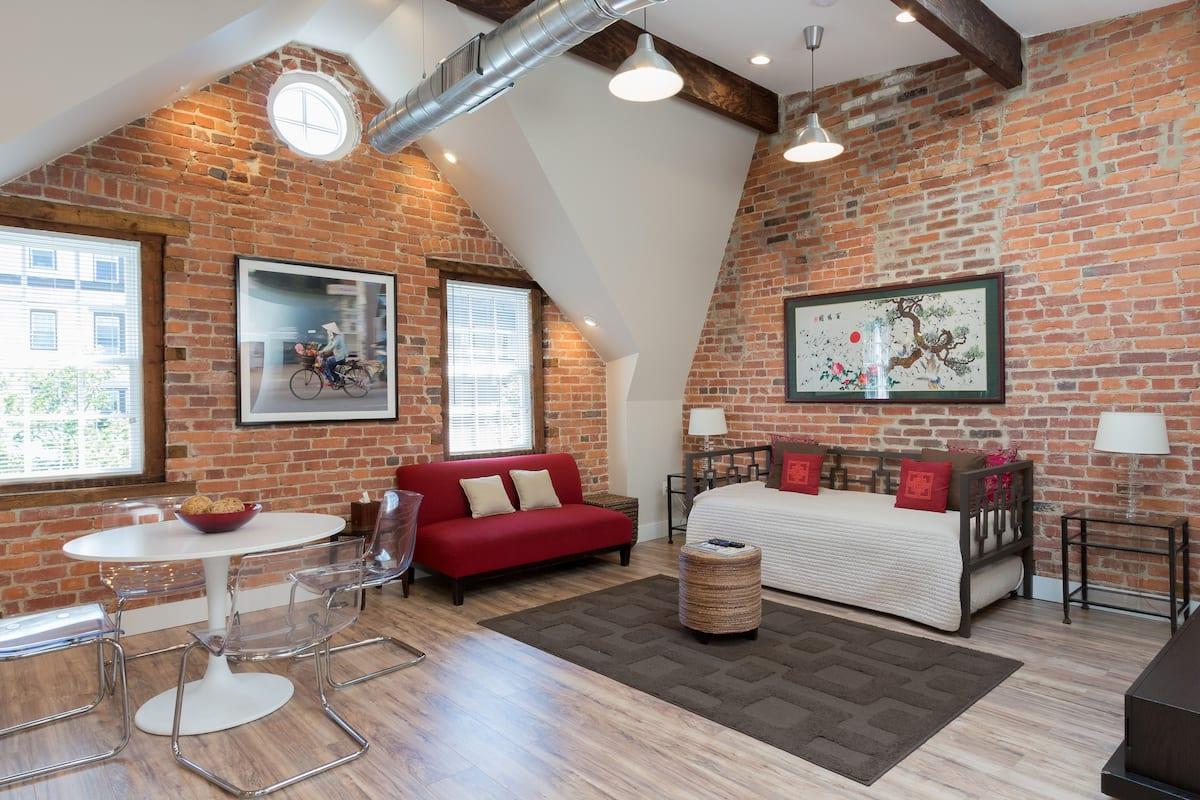 cool airbnb in washington dc