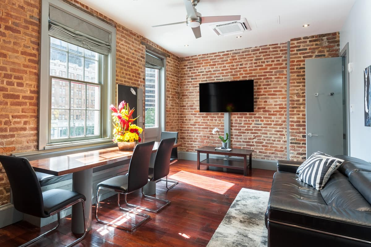 cool airbnbs in new orleans