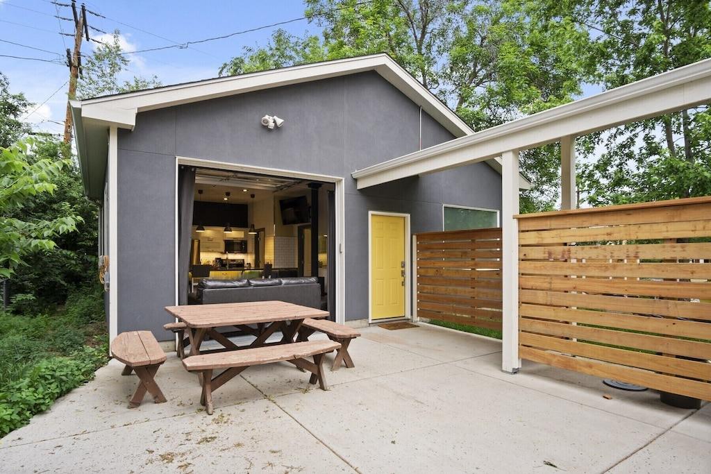 denver carriage house renovated garage rental