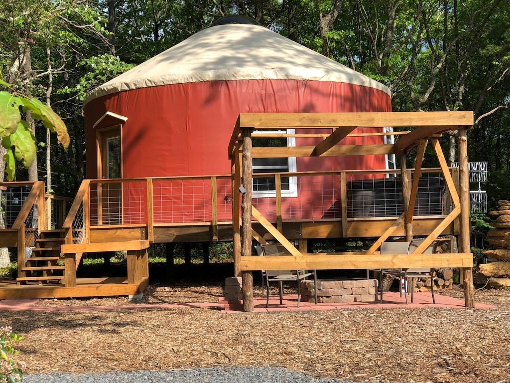 virginia blue ridge parkway yurt hot tub