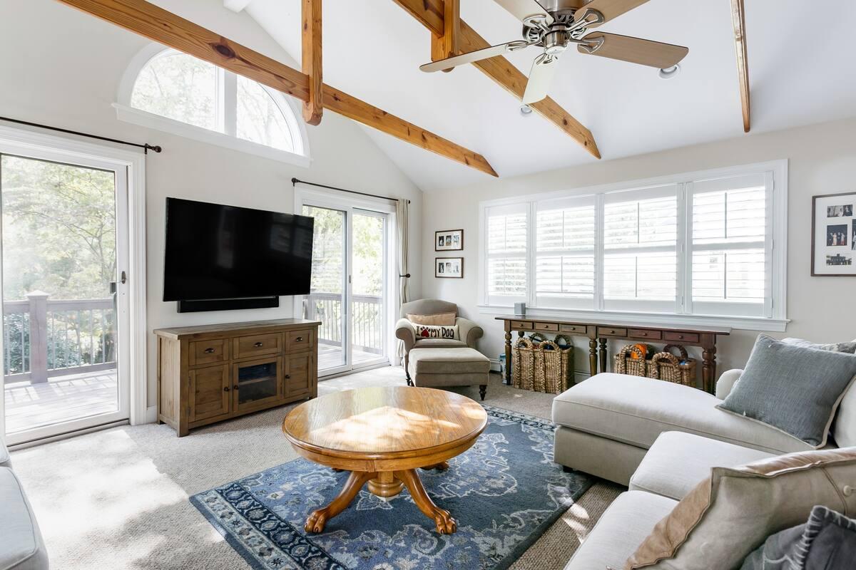 Airbnb Charlottesville, Virginia