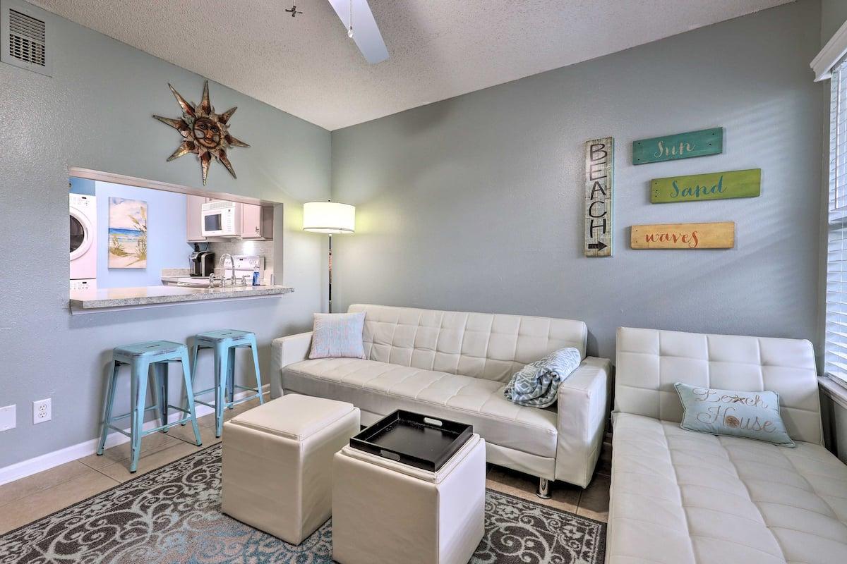 Airbnb Gulf Shores Condo with Pool near Beach