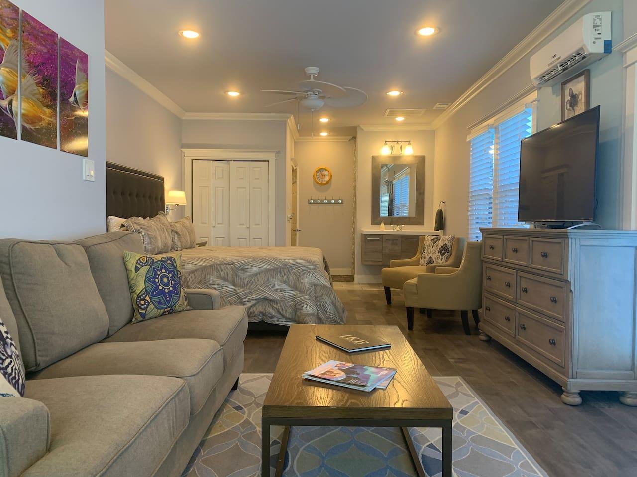 Beautiful Seawall Blvd Ocean View Guest Suite - Airbnb-Galveston