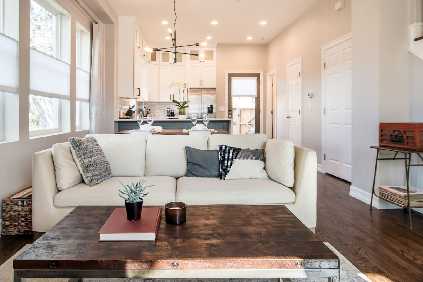 Canyon Urban Oasis Townhouse in Central Boulder Airbnb