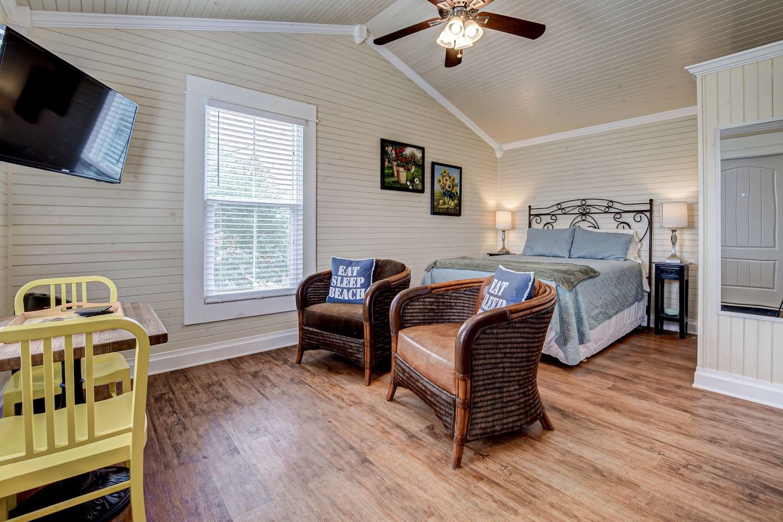 Cheap-Airbnb-Galveston