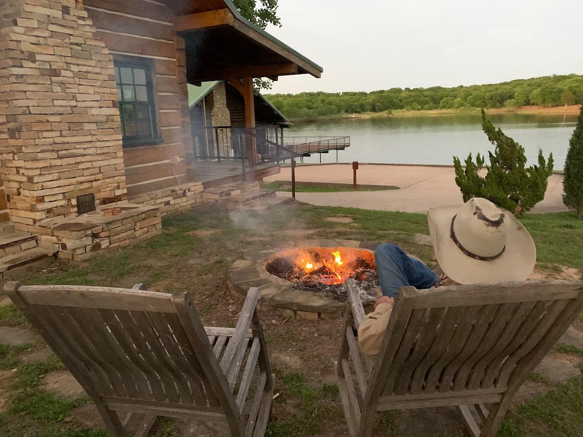 Curly Cabin Airbnb Tulsa