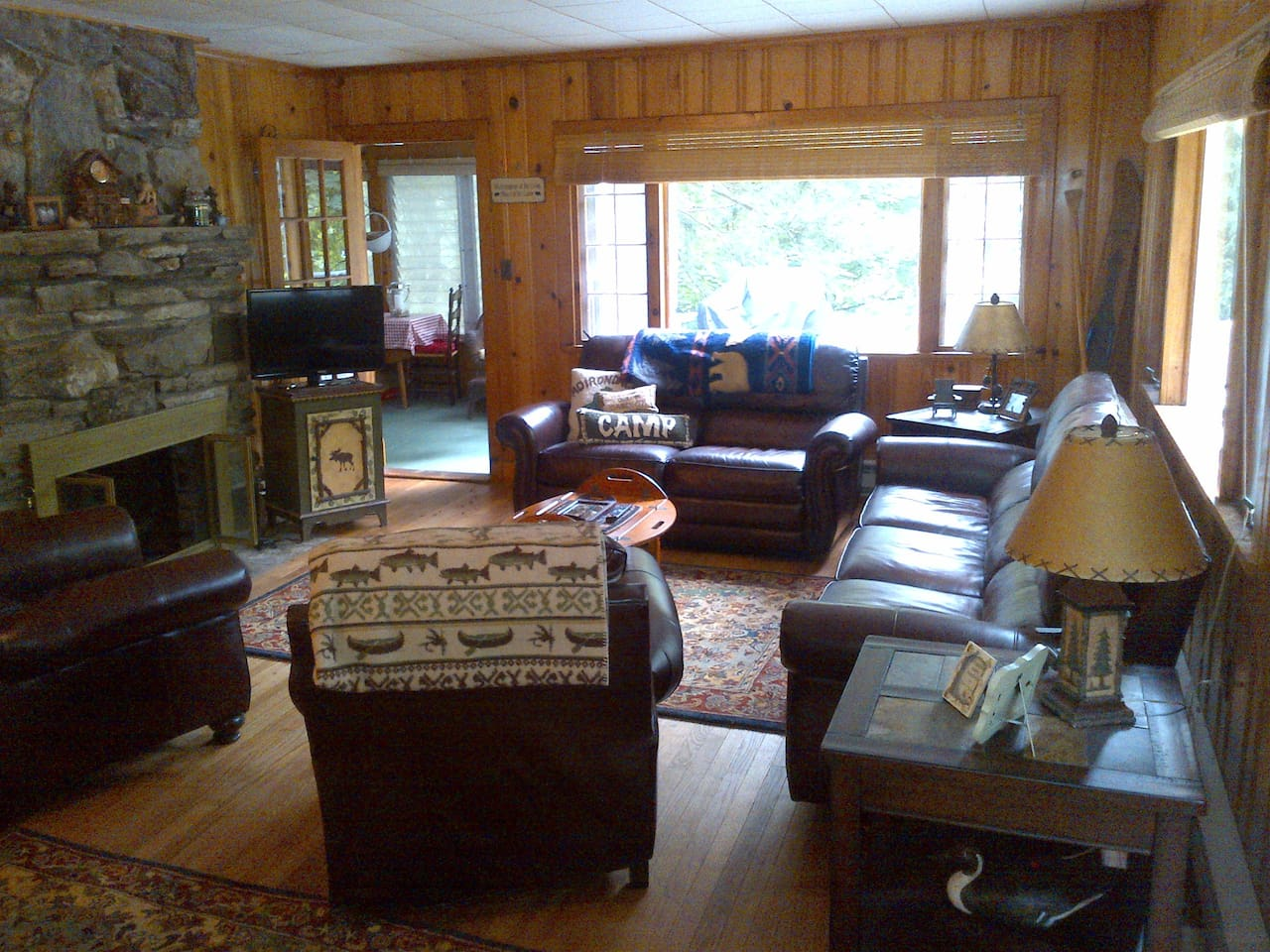 Lake George cabin Airbnb with private beach!