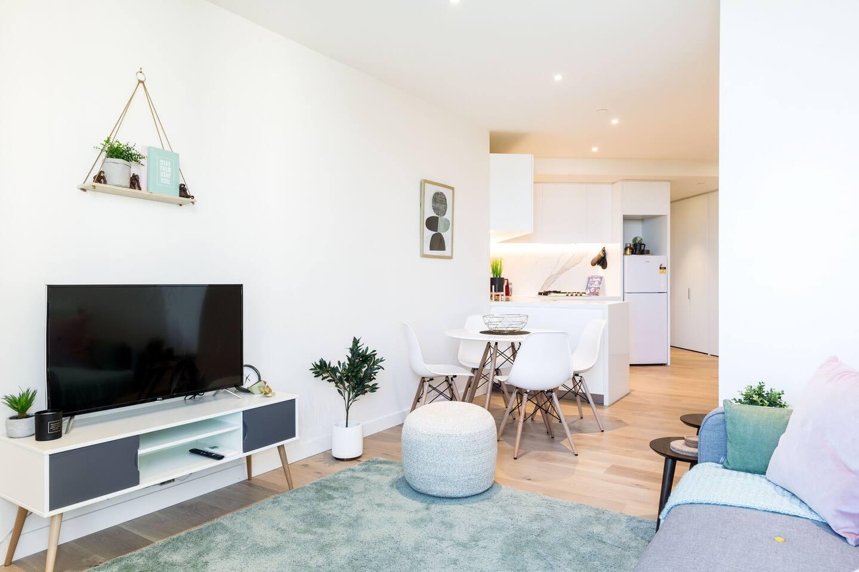 Melbourne CBD Airbnb