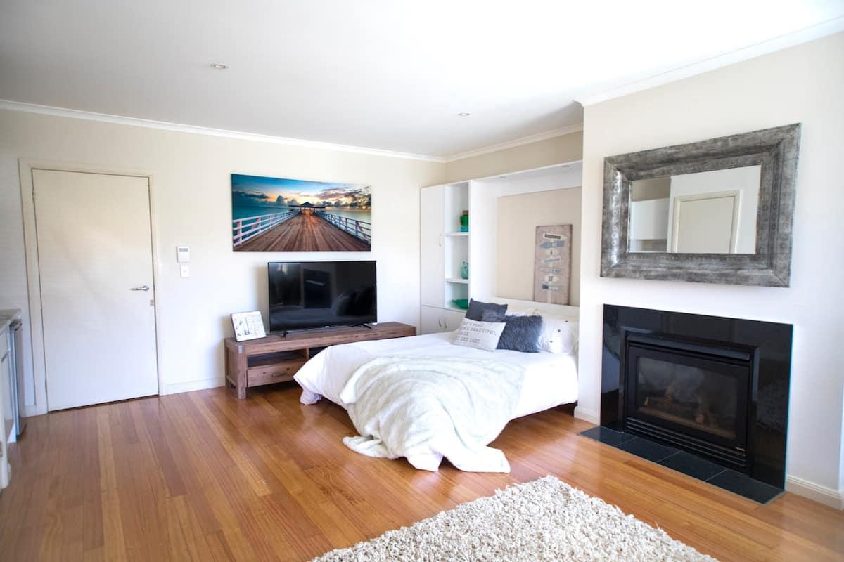 Port Melbourne Beachsider Princes Pier Airbnb